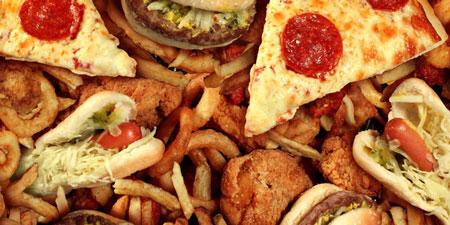 Trans-fat trong đồ ăn chế biến sẵn làm giảm khả năng thụ thai