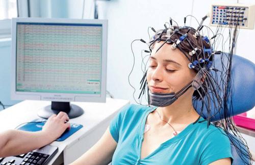 Cách thực hiện điện não đồ