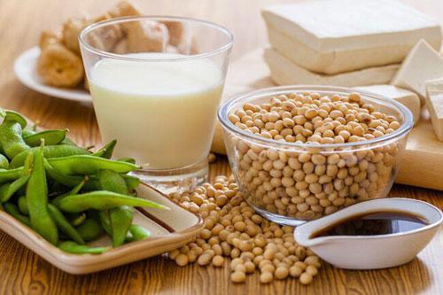 đậu nành và các sản phẩm từ đậu nành trong chế độ ăn cho bệnh nhân ung thư vú